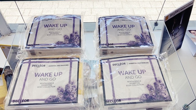 Free gift with purchase, wake up and go set